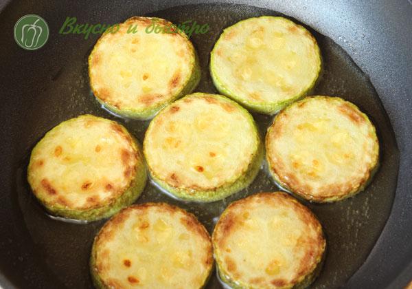 Жареные кабачки с чесноком рецепт с фото