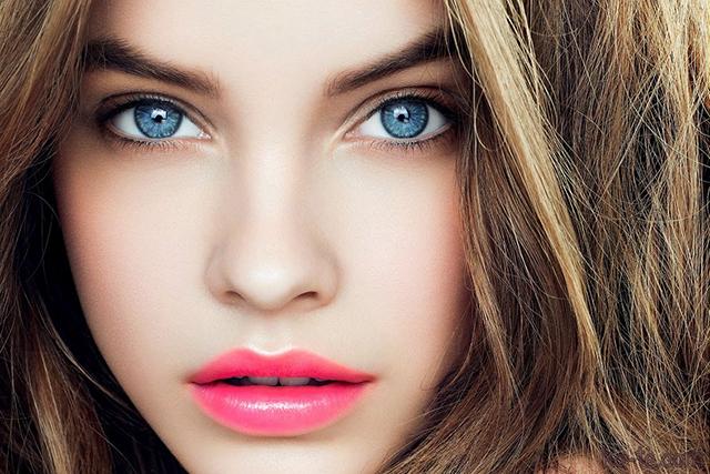 Макияж на голубые глаза при русых волосах