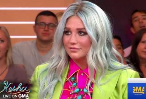 Kesha-GMA-Video-520x355[1]