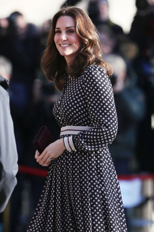 Catherine-Duchess-of-Cambridge-visits-The-Foundling-Museum-London-UK-28-Nov-2017[1]