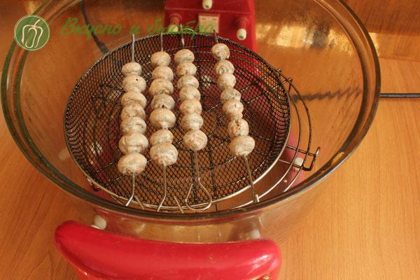 Замариновать шампиньоны для шашлыка с майонезом в маринаторе